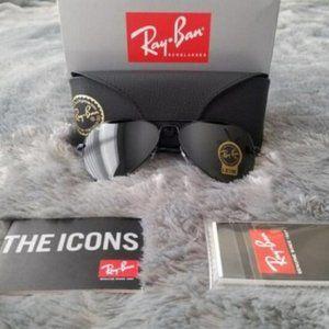 NWT Ray-Ban Aviators sunglasses 3025
